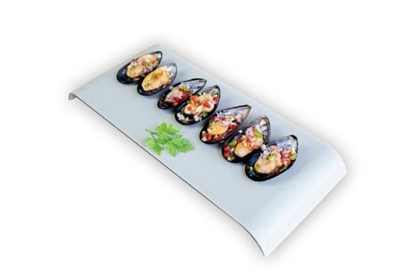 Mejillón con pimiento y cebolla